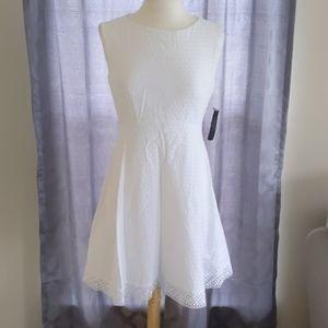 Tahari size 8 summer dress NWT